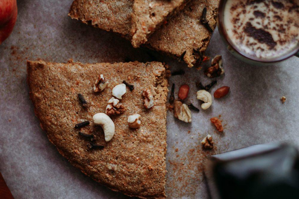 bread-cake-carrot-cake-2267873